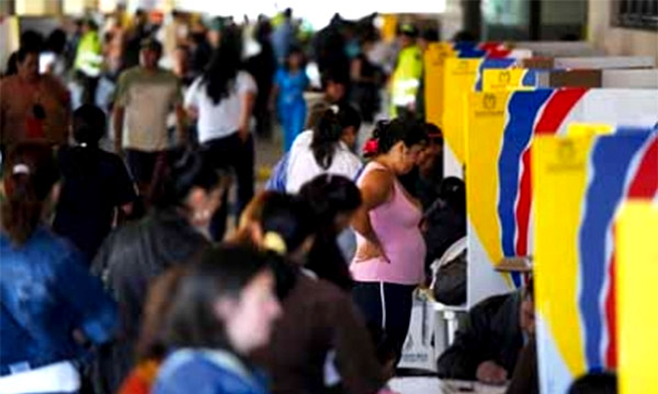 Resultado de imagen para votaciones colombia