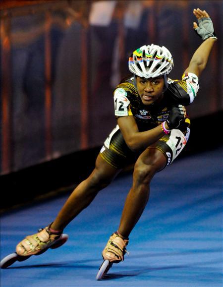 Yessenia Escobar, quien obtuvo el de oro en los 300 metros